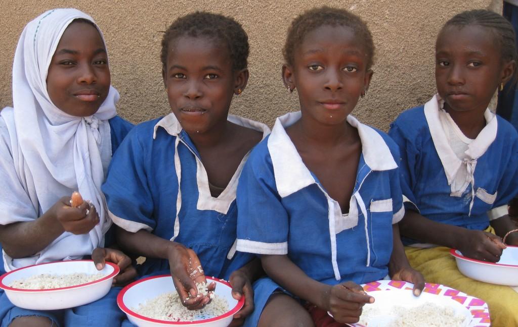 4 girls school feeding 2