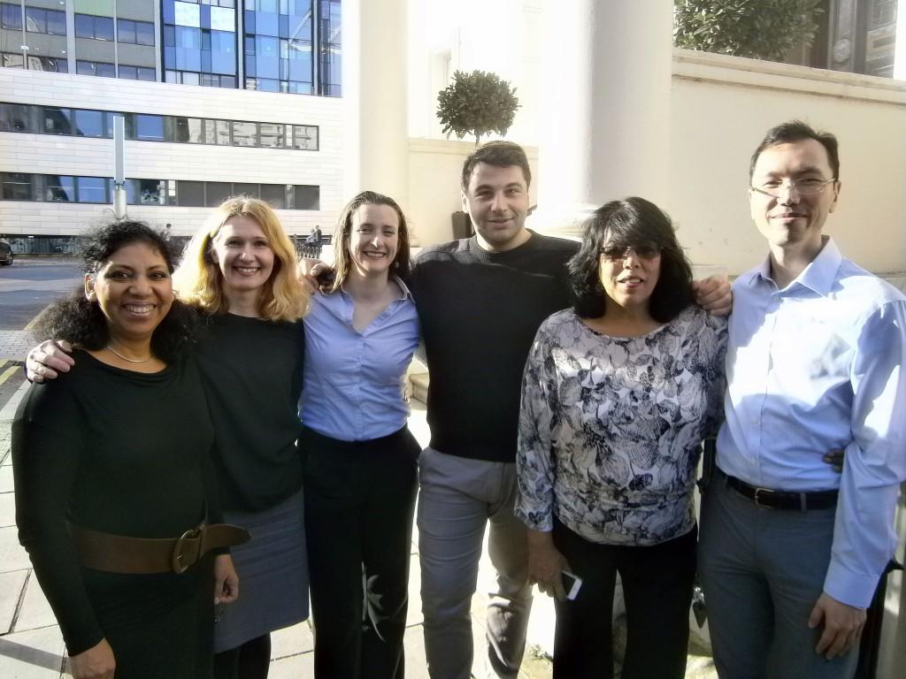 People facilitating consultancy in medicine