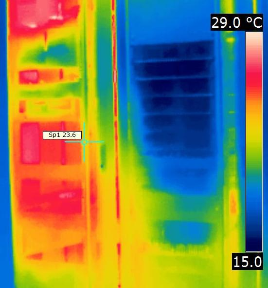 Thermal image of racks with and without blanking
