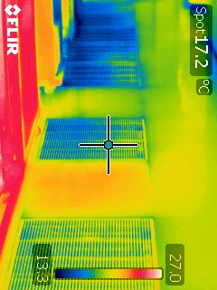 Thermal image of aisle airflow dampers 2