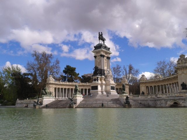 Lake at El Retiro Park