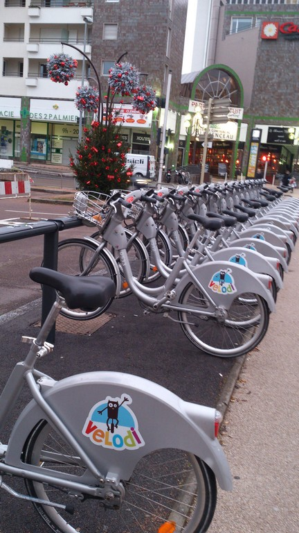 Bicycle hire in Dijon, France