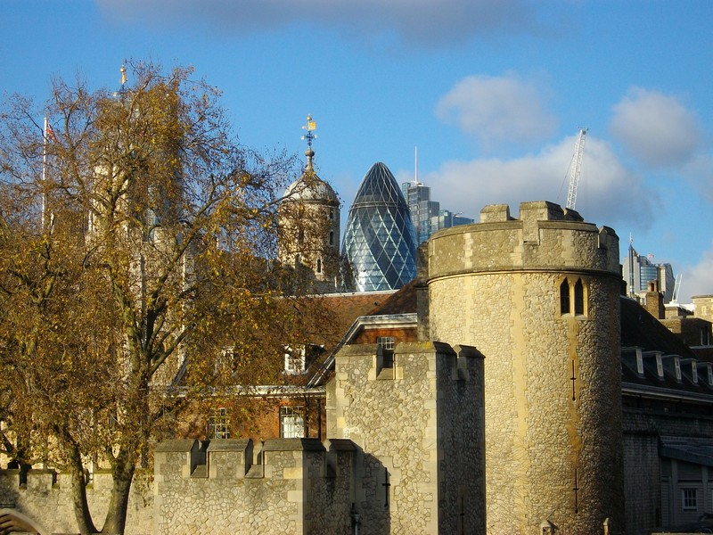 Tower of London with 30 St Mary Axe aka The Gherkin behind