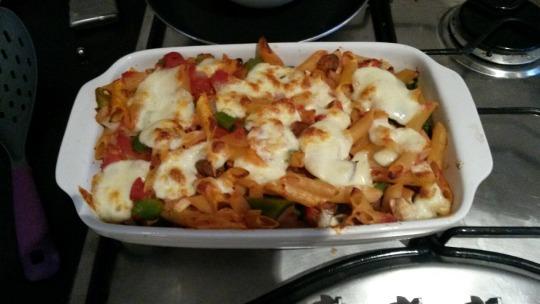 Tomato and mozarella pasta bake!