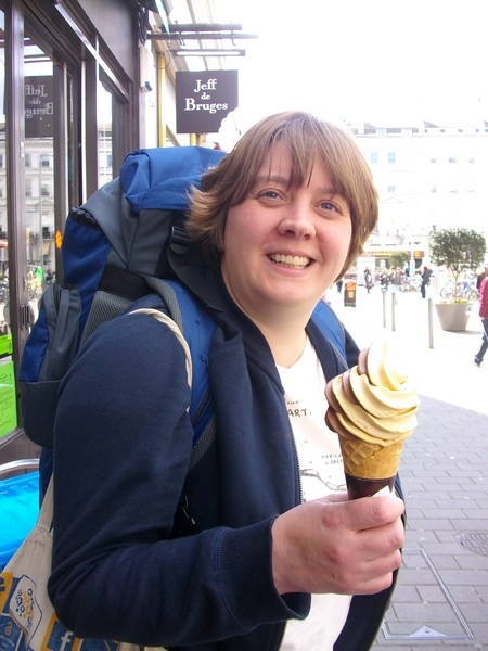 Post-Nature Live ice cream!